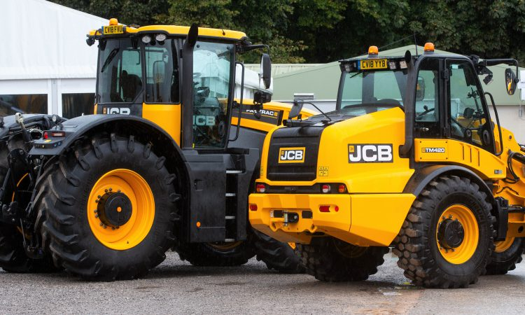 Auction report: Brisk bidding for 'ex-demo' and used JCBs