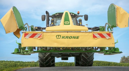 A 4m-wide front mower that 'folds' to 3m for transport, but how?
