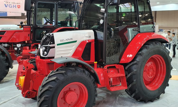 Pics: On-site at Agritechnica 2019…with the tractor highlights