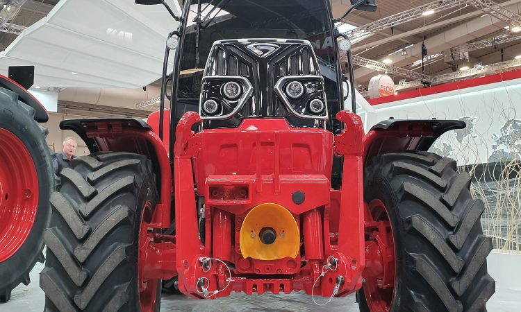 New face of (CAT-powered) Belarus breaks cover at Agritechnica