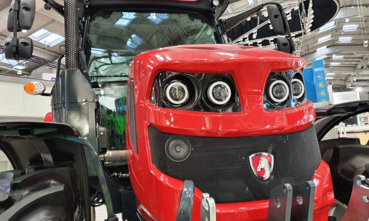 New Romanian-built tractor uncovered at Agritechnica 2019