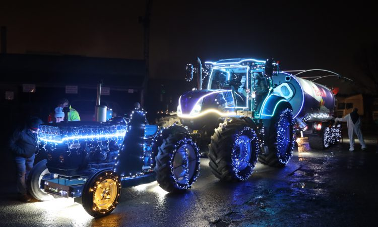 Video: 'Christmas Tractors' light up Nenagh