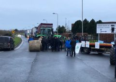 IFA blocks Aldi distribution centre in Naas