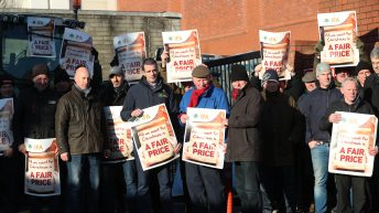 IFA extends Dunnes depot demonstration to 24-hour blockade