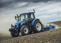 New Holland T5 range: Three champions; one team