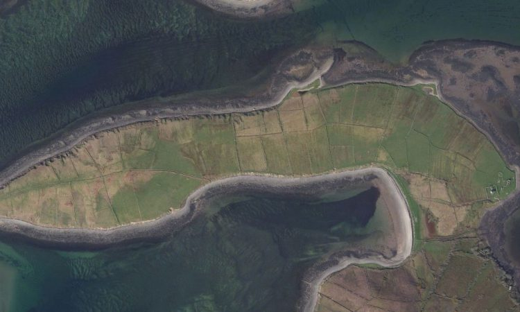Property preference: 14.23ac with lake and river frontage? Or 81ac on a tidal island?