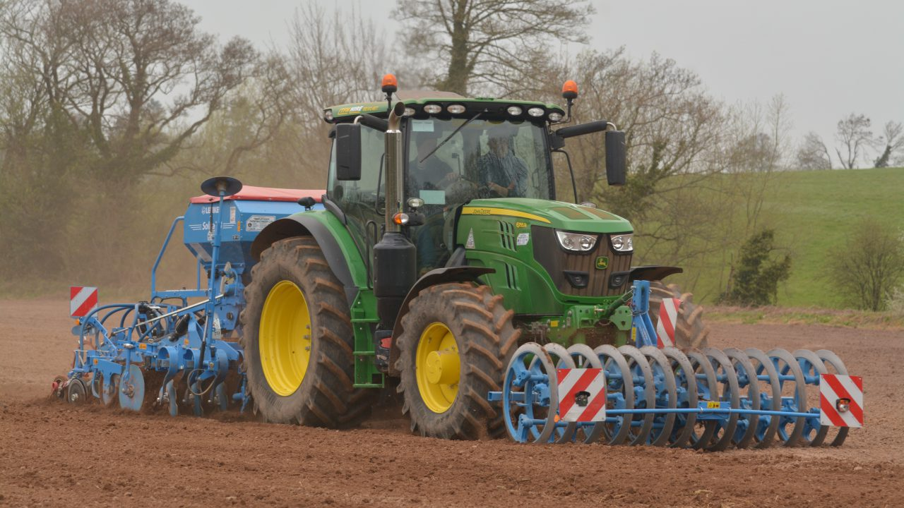 Top tips on winter barley management and sowing spring barley