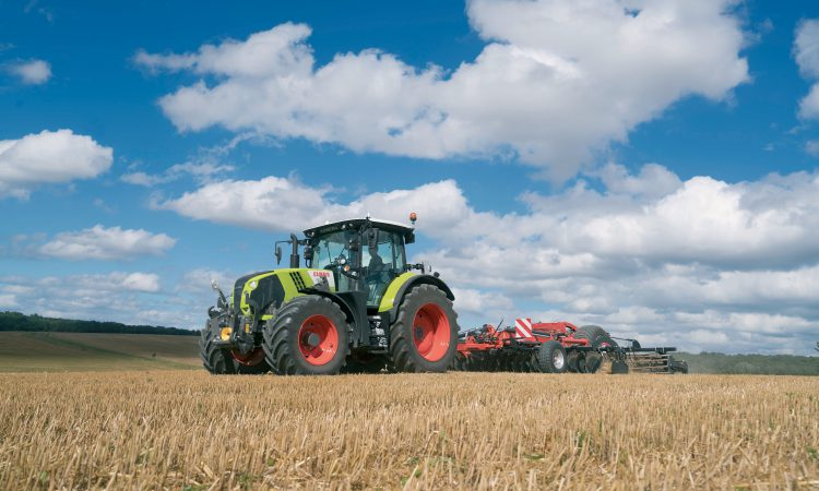 Greater functionality and ease of operation for Arion tractors