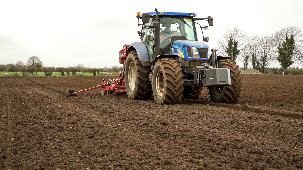 1,000 more used imported tractors licenced so far this year