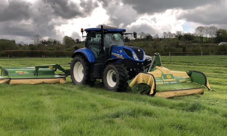 What mowers does this Co. Westmeath contractor find exceptionally reliable?