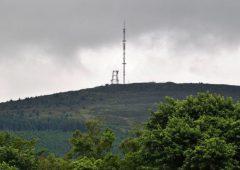 收到€250万本地和独立的无线电资金32个应用
