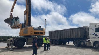 IFA obstructing shipment of grain at Waterford Port