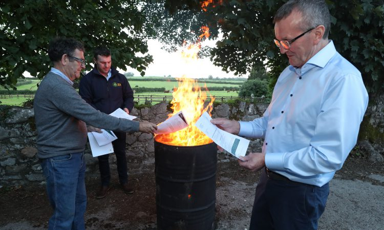 IFA president and animal health chair burn 'persecuting' TB risk letters