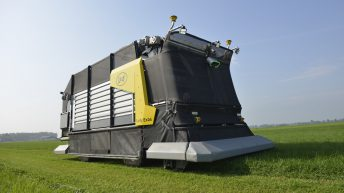 Pics: First 'fully autonomous' zero-grazing machine unveiled