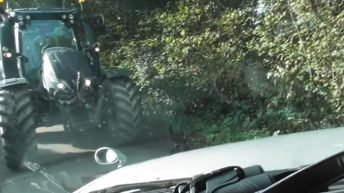 Video: Tractor rams 4X4 during dispute over hunting