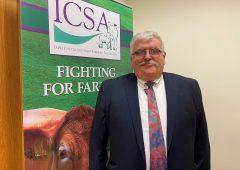 绿党领袖评论'在极端的光顾 -  ICSA总裁