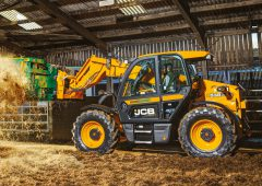 Pics: JCB packs the power in new Stage V compliant Agri Loadalls