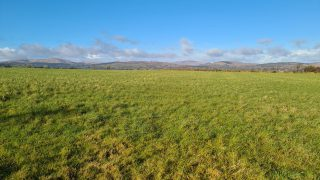 69ac farm on the market 'situated in the heart of dairy country'