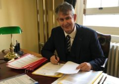 Edwin Poots makes return as NI Agriculture Minister