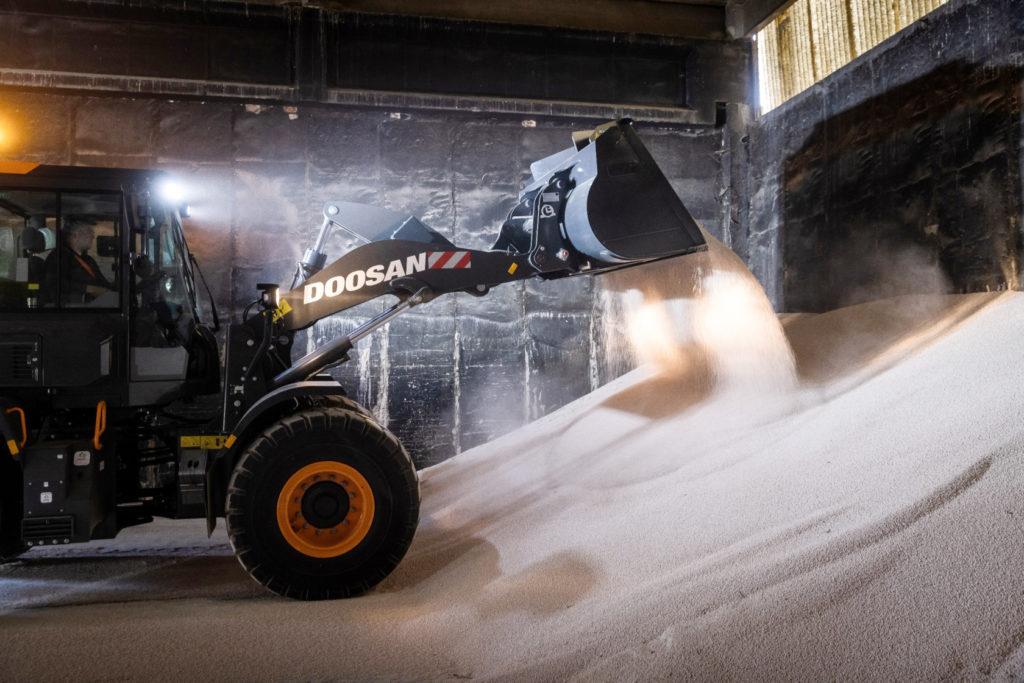 Doosan DL-7 loader in warehouse