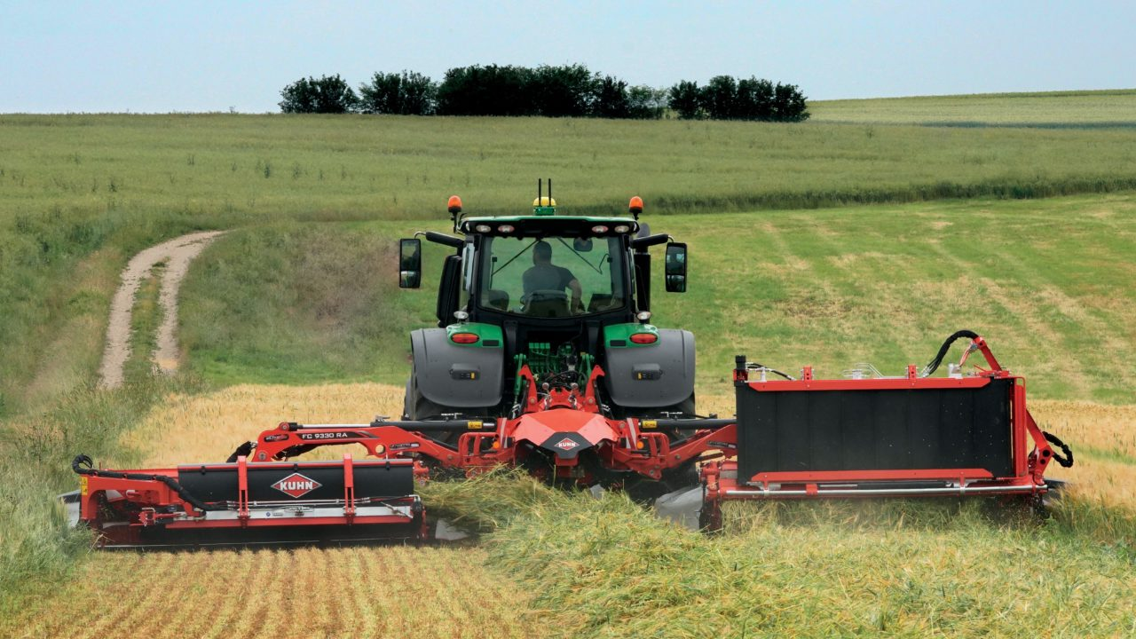 Latest Kuhn mower loses weight with new compact design