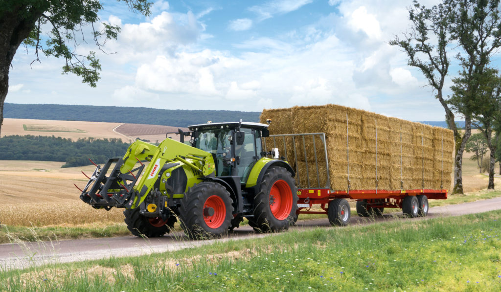 Claas with stretch brake
