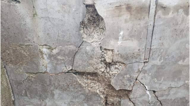 Mica - image shows the impact of mica on the shed