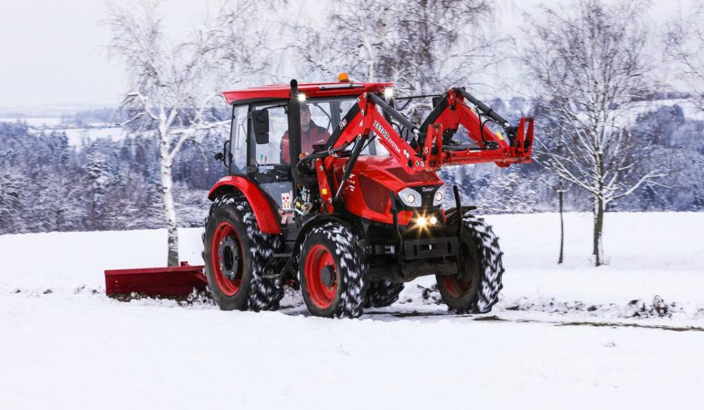 Zetor in snow