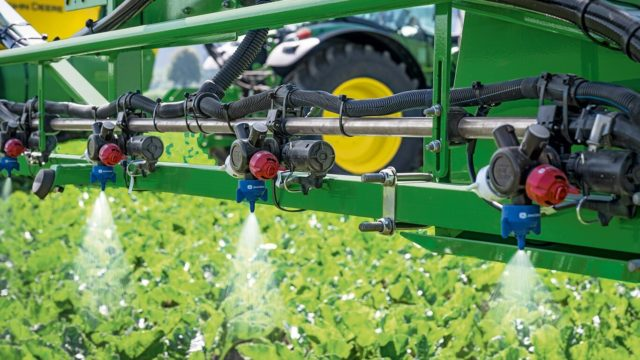 Is John Deere in gear for a spraying revolution?