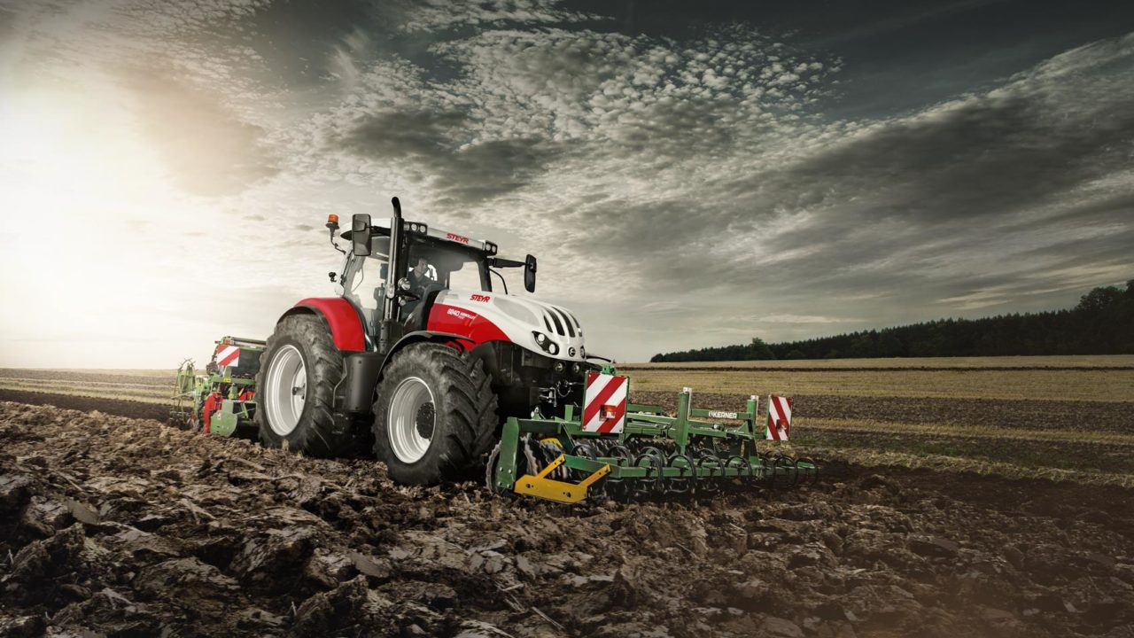Steyr introduces new system to record tractor operations