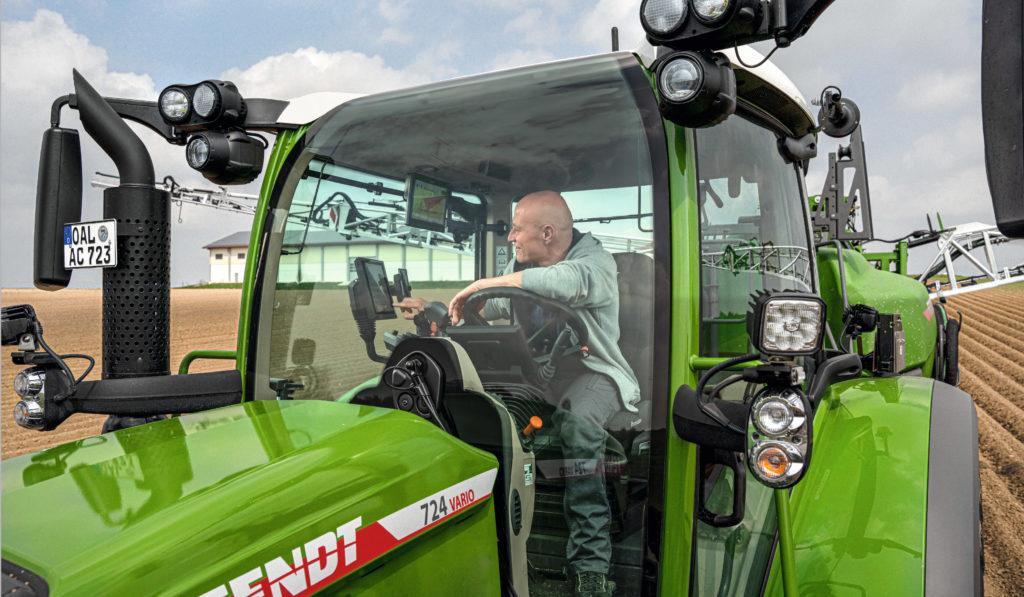 Fendtone in tractor