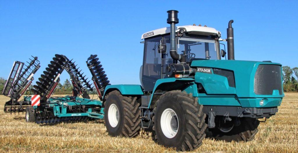 Kharkiv XTZ-243K eastern tractor
