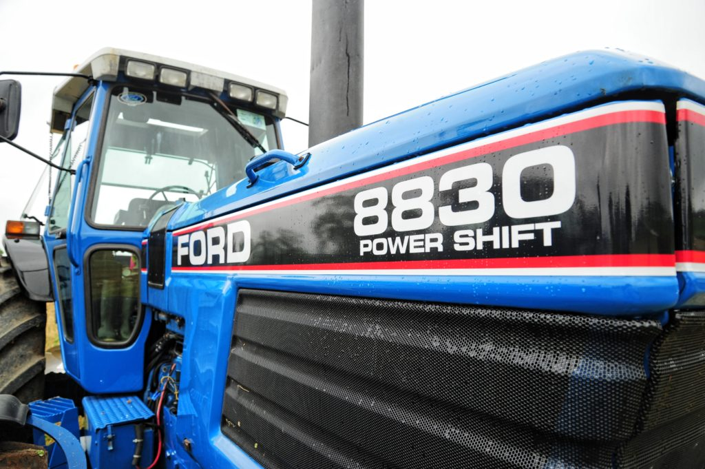 8830 power shift transmission
