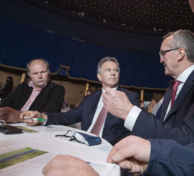 IFA与部长和TDs就2022年预算举行会议