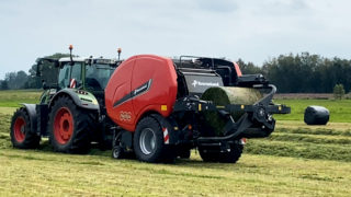 Kverneland sets the pace with FastBale baler