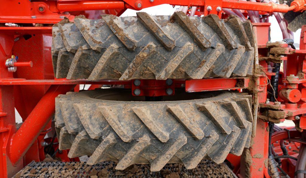 square profile of wheels