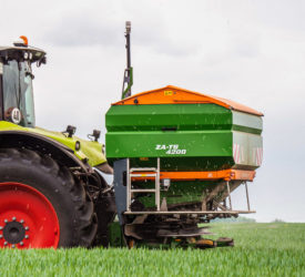 Amazone gets smarter with new booms and sensors for fertiliser spreading