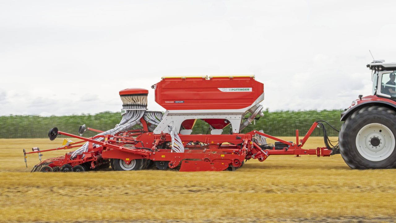 'Triple-shoot sowing' now possible with Pottinger drills
