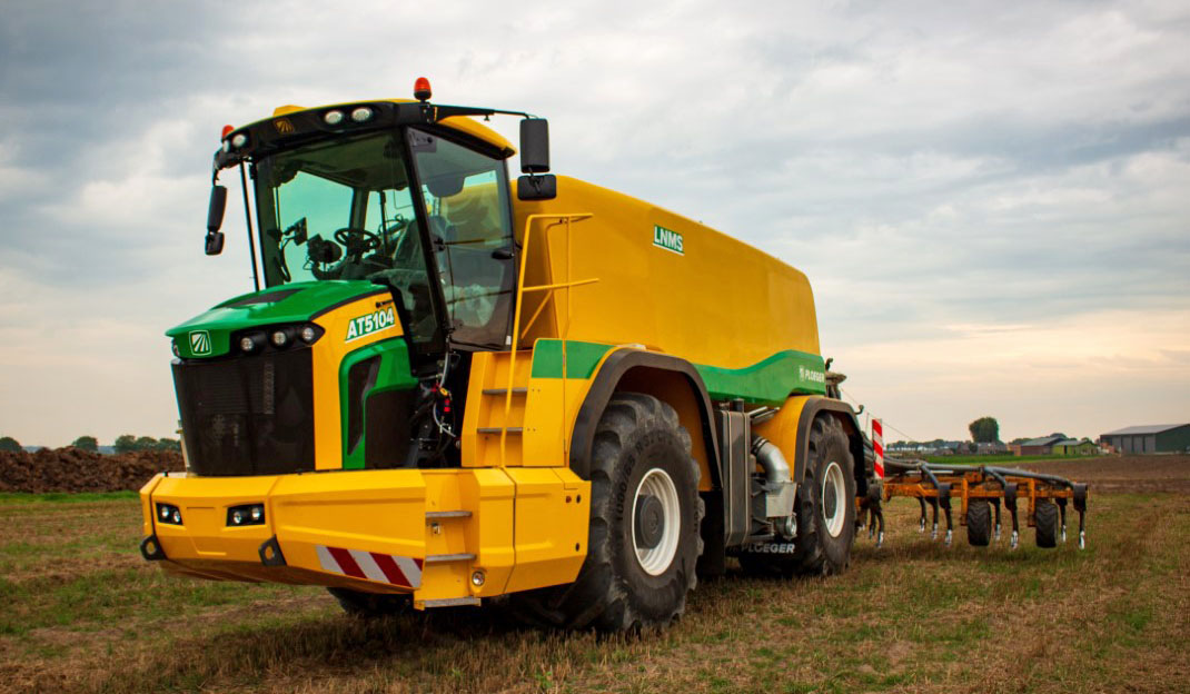 Four wheels find favour with Ploeger spreading equipment